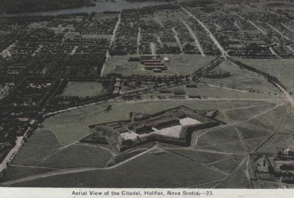 20130127_Halifax_Citadel_aerial_view_680px