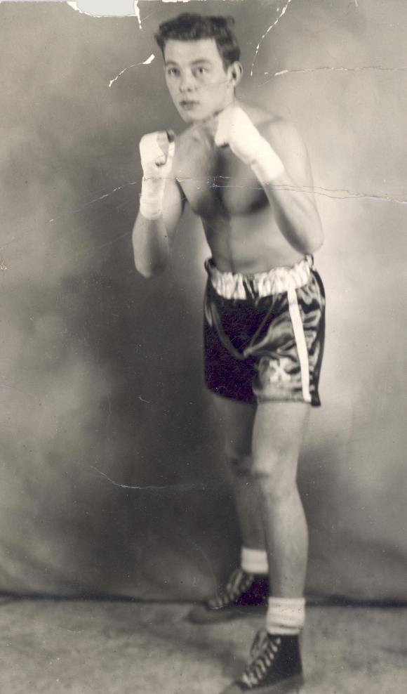 Unknown teenage boxer, photographed in Halifax, date unknown