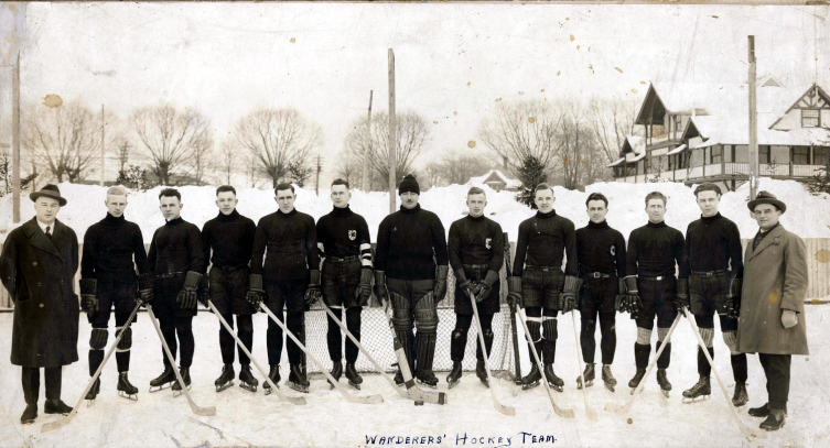 The Halifax Wanderers Hockey killahs take to the ice on the common in 1922 #gameface